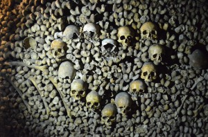 7-heart skulls catacombs